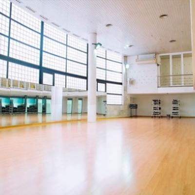 Salas multiusos en Sant Antoni, gimnasio Aiguajoc