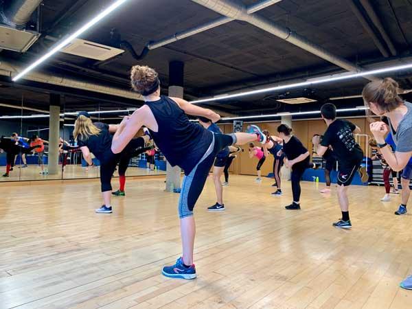 ejercicios cardiovasculares para quemar grasas con aiguajoc