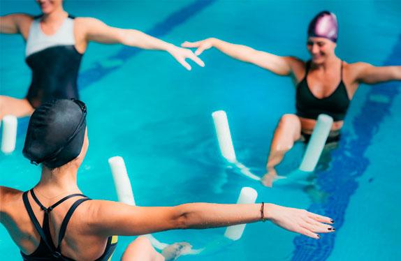 Los beneficios de hacer ejercicio en al agua.